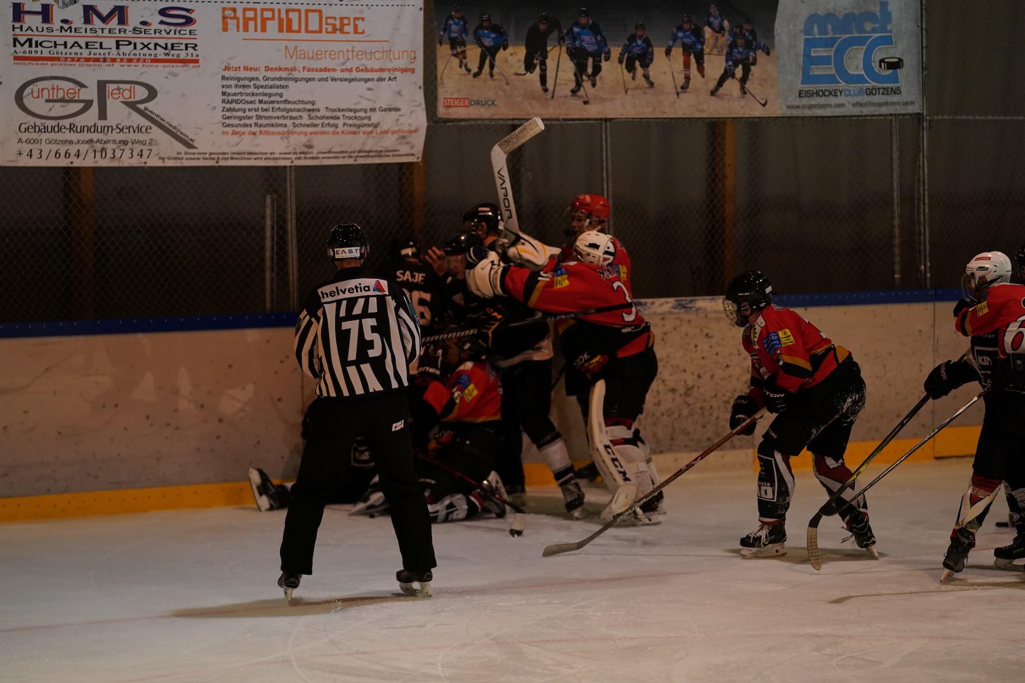 KINGS VS. EC RAIBA ST. JODOK ( HOCKEY CUP TIROL)
